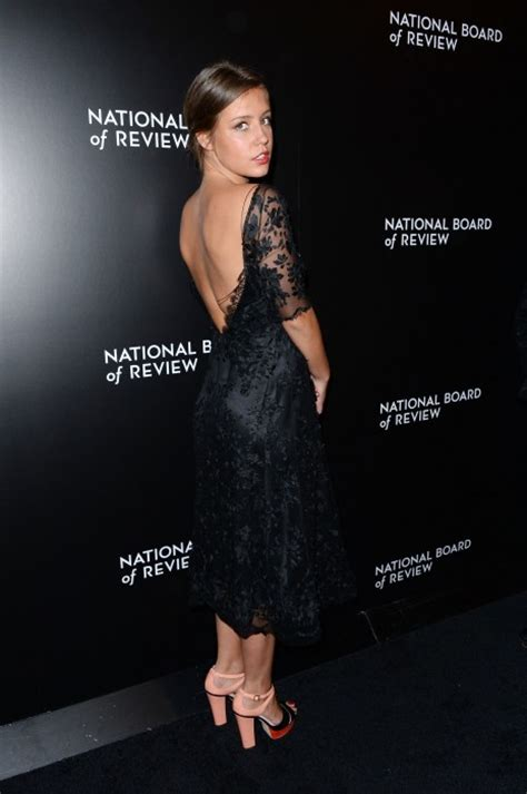 22 Photos of French Actress Adele Exarchopoulos | Peanut